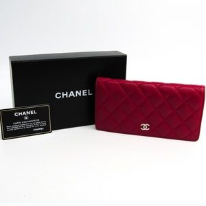 CHANEL Accessories - Chanel Mattelesse with lambskin leather